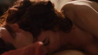 Anne Hathaway – Sex Scenes, Topless, Moaning – Love and Other Drugs (2010)
