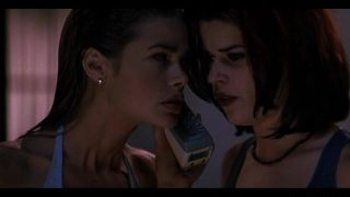 Denise Richards – Neve Campbell – Wild Things (1998)